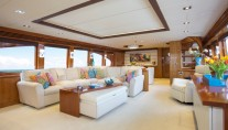 Charter yacht RESTLESS - Main Salon