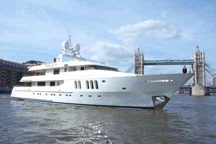 Motor Yacht Christine
