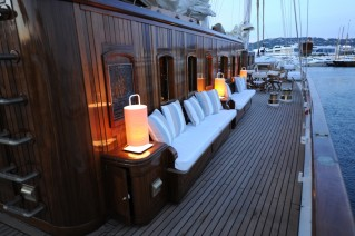 Classic Sailing Yacht XARIFA -  Starboard Sidel Seating).JPG