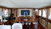 Classic Yacht LAIKA -  Formal Dining