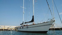 Classic Yacht Lady Sail -  Bow