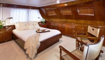 Classic Yacht THE HIGHLANDER -  VIP Cabin