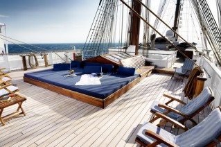 Classic windjammer yacht SEA CLOUD.png