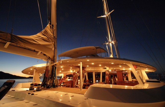 DOUCE FRANCE - Aft deck by night