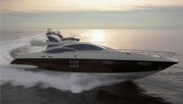 DUKE Sistership Azimut 103 S Running 9