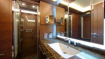 Delfino 93 yacht twin cabin bathroom