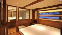 Delta 88 IPS Yacht - Owners Cabin