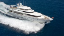 Motor yacht�DIAMOND GIRL
