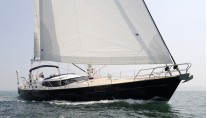 Discovery Yachts More Magic - Sailing 2