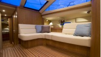 Discovery Yachts More Magic - Saloon