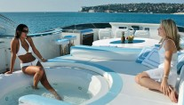 Dominator 860 Yacht -  Spa Pool on Sundeck