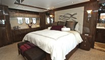 Donna Marie Yacht - Owner Stateroom