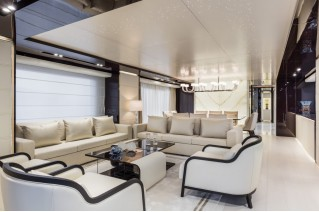 Dreamline 34m Yacht - Main Saloon
