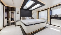 Dreamline 34m superyacht - Owners Cabin