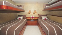 EL JEFE - charter accommodation - twin