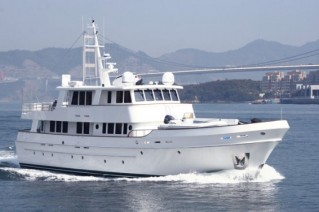 Expedition Yacht Serenity 90 by Cheoy Lee