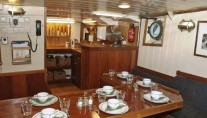 Expedition yacht TOGO -  Dining 2