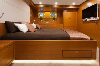 Expedition-yacht-Andros-Cabin