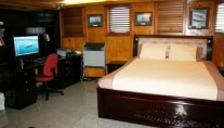 Explorer Yacht SARSEN - Owner Suite
