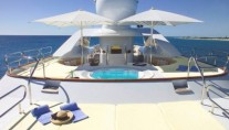 Feadship Motor Yacht HUNTRESS - Sundeck Spa Pool