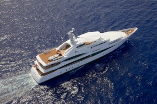 Feadship Super Yacht Lady Christine - Birds View .png