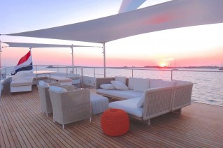 Feadship-motor-yacht-SULTANA-Sundeck-after-her-refit