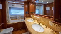 Ferretti Motor Yacht IMAGINE - VIP ensuite