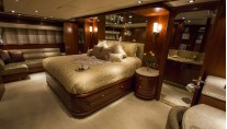 Freedom R Yacht - Owner suite