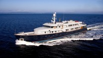 Golf Charter Yacht Stargazer -  Underway