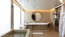 Grace E Yacht - Bathroom - Photo by Giuliano Sargentini