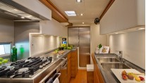 Grade Orazio Yacht - Galley - Photo Alain Proust