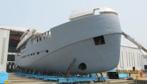 Green Voyager superyacht - front view