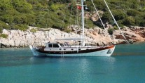 Gulet HAYAL 62 -  At Anchor