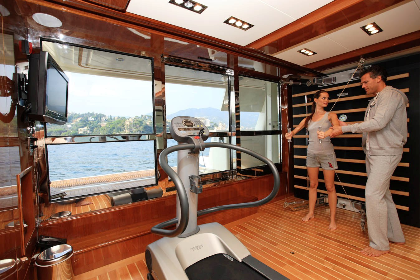 Hana gym luxury yacht browser by charterworld for Luxury home gym