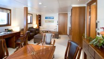 HANSE EXPLORER - Owners suite private lounge