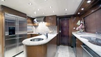 HERITAGE III -  Galley