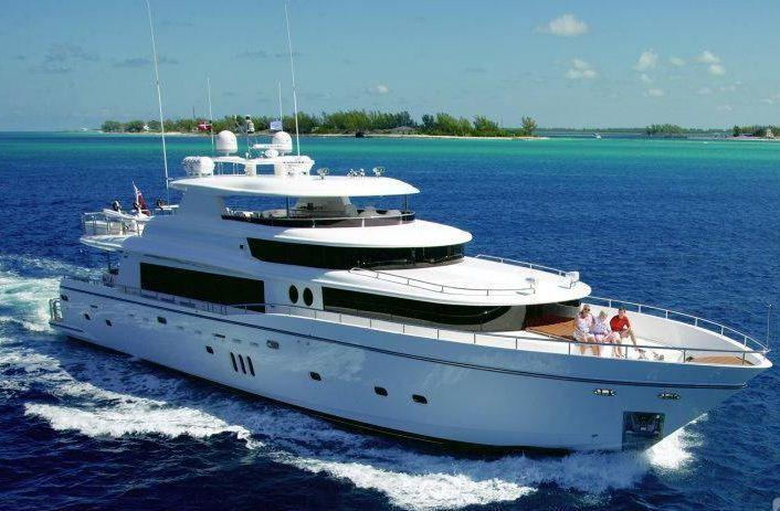Yacht Island motor yacht julia dorothy - johnson 103