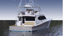 Hatteras GT70 Yacht - aft view