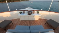 Heliad II Yacht - Panorama seating on the main deck