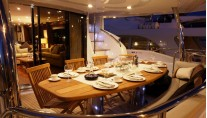 Honey Bear - The Aft Deck Alfresco Dining