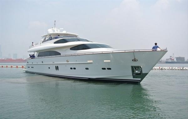Motor Yacht Summer Wind
