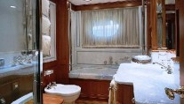 IS A ROSE - The Master Ensuite