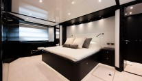 Intergrity 93 yacht - master cabin