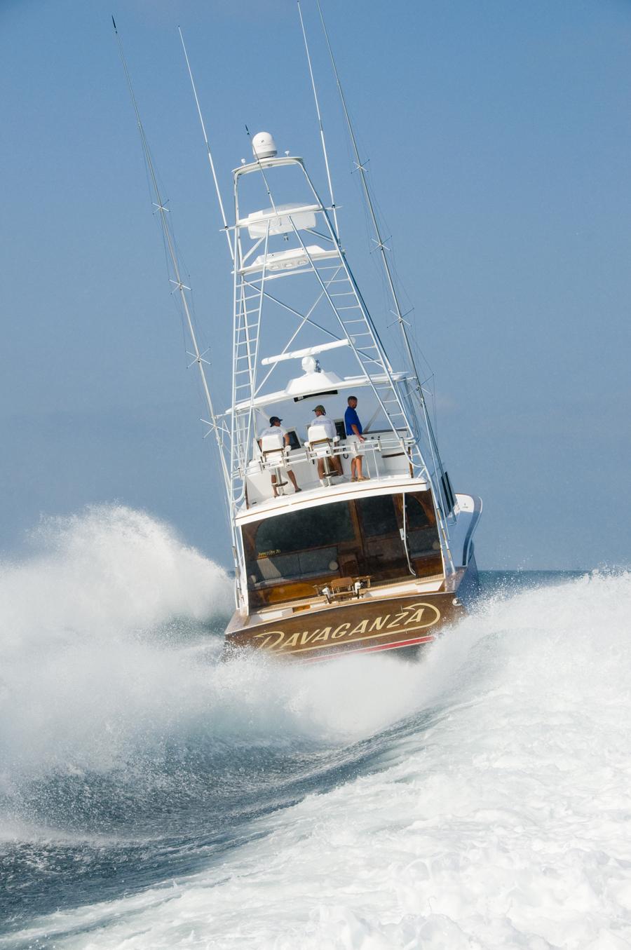 yacht ravaganza  a jarrett bay 70 yacht