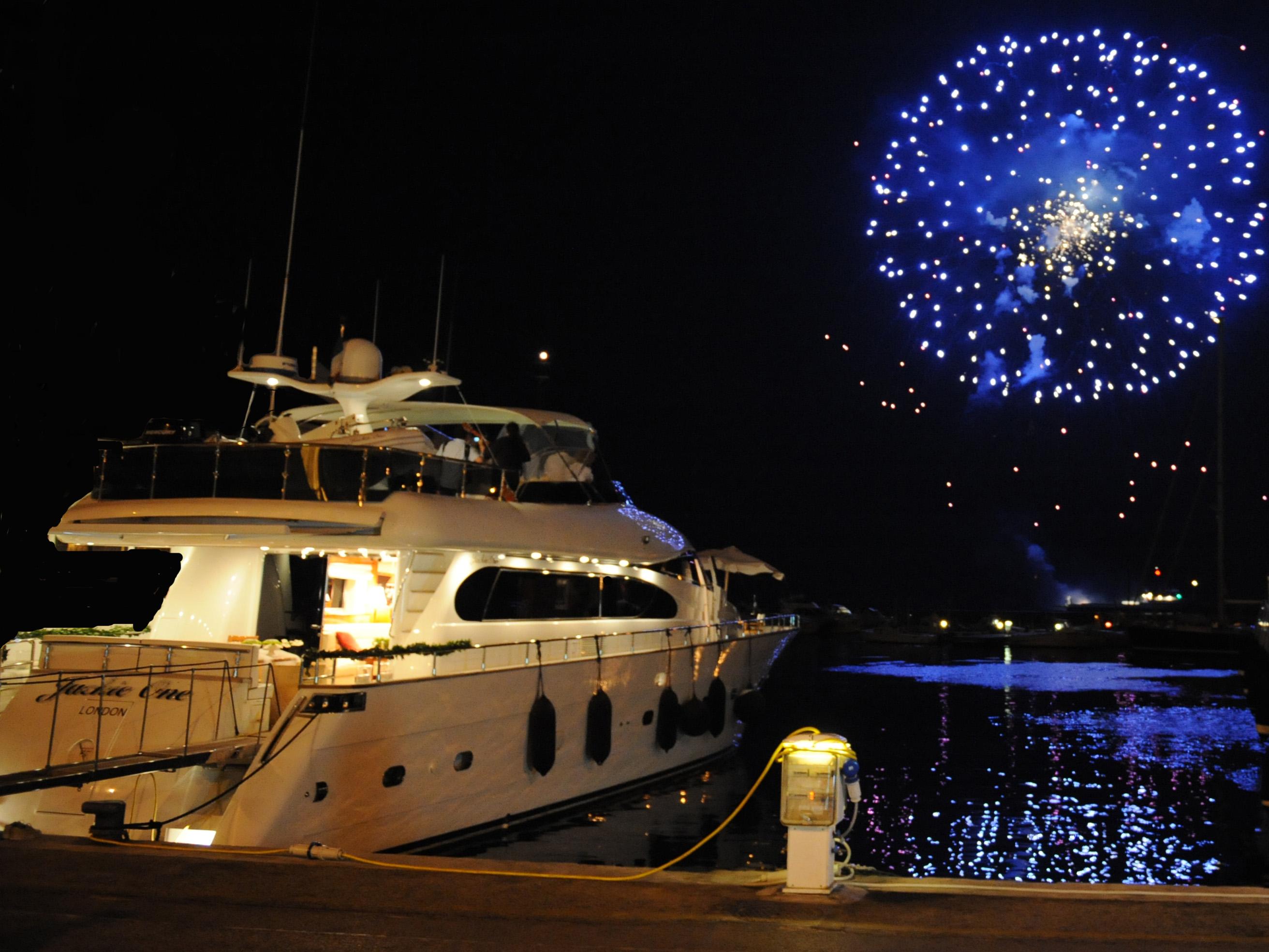 Yachts At Night Jackie One - At Night ...