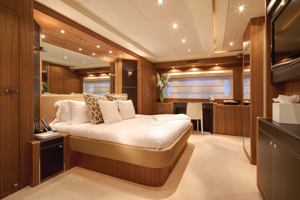 Bedroom Accent Wall Jurata Master Suite Luxury Yacht Browser By
