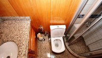 Kayhan 5 Bathroom