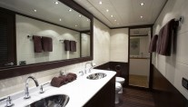 L ESPERANCE -  Master bathroom