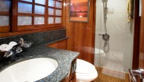 LADY DI -  Queen cabin ensuite