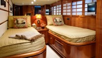 LADY DI -  Twin Cabin